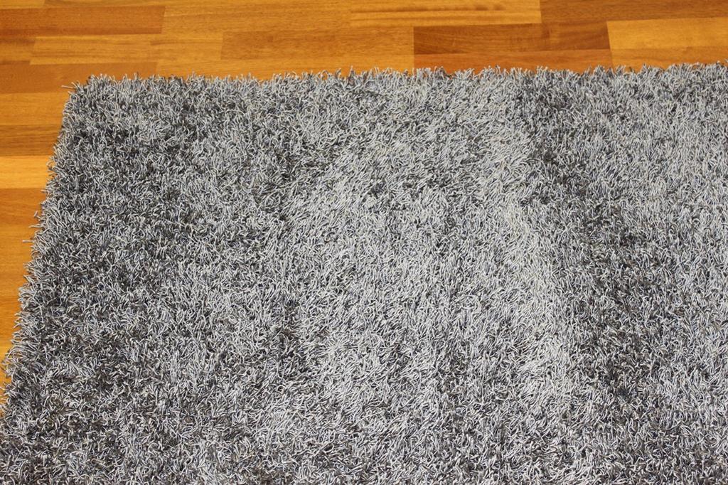 Hoogpolig vloerkleed fancy grijs - Grijs tapijt ...